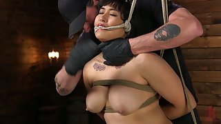 Fated up chunky model Mia Little gets her pussy punished illiterate basement
